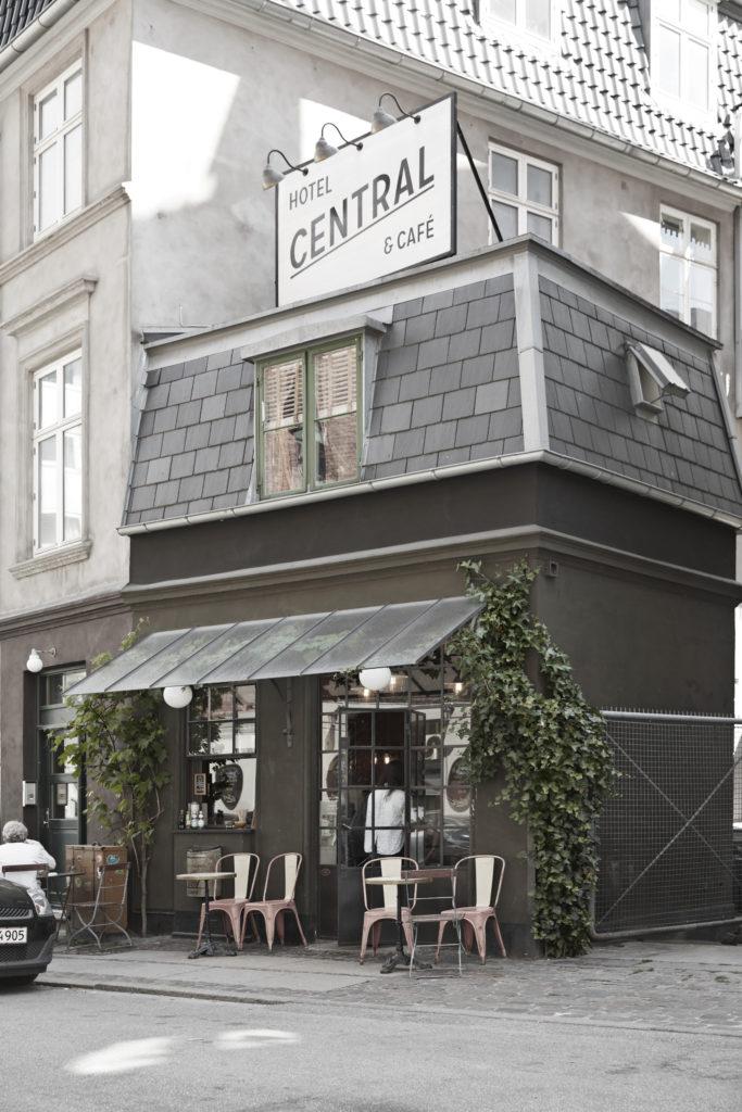 Central Hotel er det mindste, men til gengæld nok også det hyggeligste hotel i København.